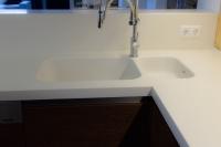 Akryl pult aláépített mosogatóval
