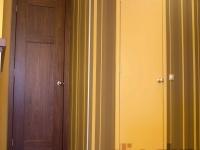 Fényezett tapéta ajtó