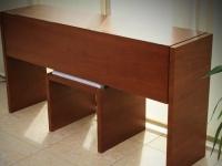 Zongora asztal lecsukva