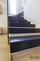 lépcső rugdosó nélkül
