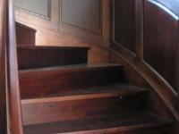 Társasház tölgy lépcső