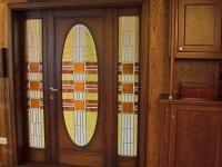 Különleges ajtó oldalvilágitóval, egyedi üveg betéttel
