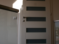 Fényezett egyedi ajtó